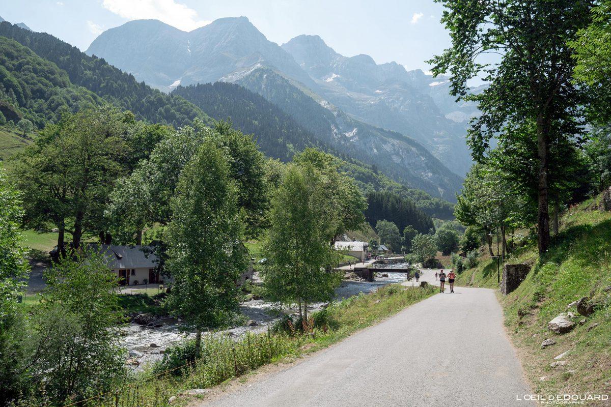 Rivière Pont Brioule Gavarnie Pyrénées France Paysage Montagne Outdoor Mountain Landscape River