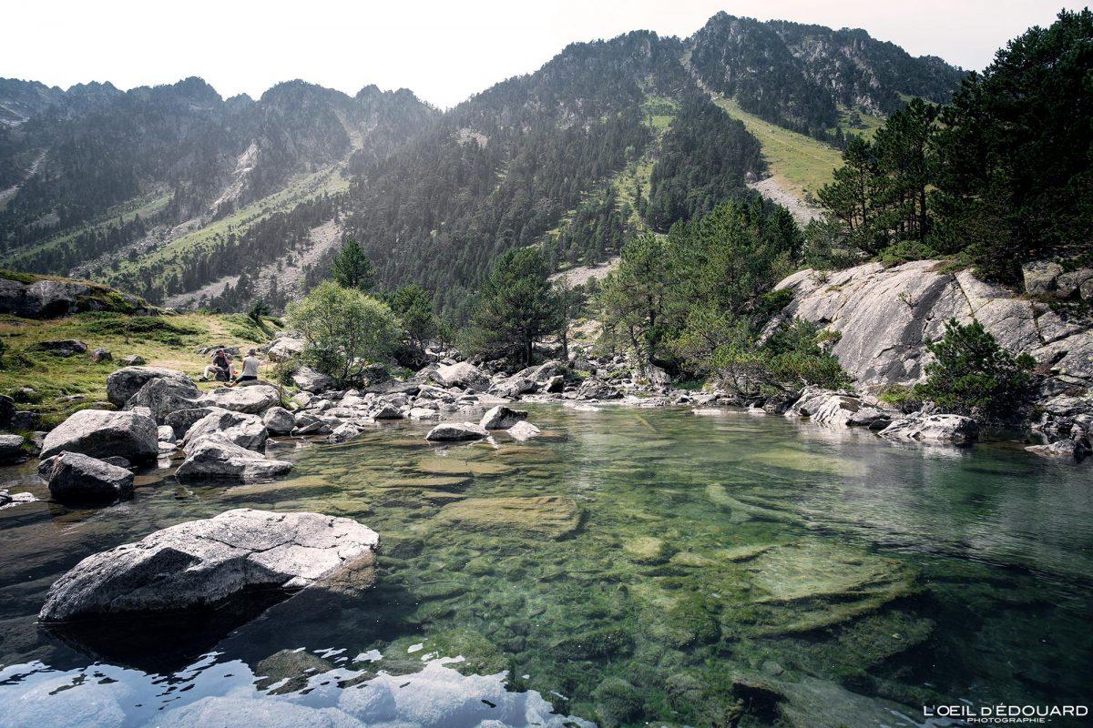 Randonnée Lac de Gaube Cauterets Pyrénées France Paysage Montagne Forêt Outdoor Forest Lake Mountain Landscape