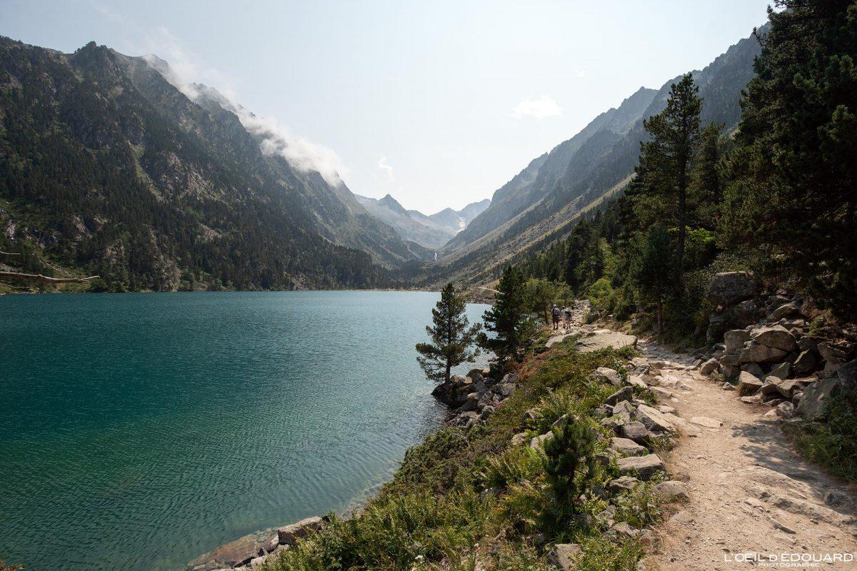 Sentier randonnée Lac de Gaube Cauterets Pyrénées France Paysage Montagne Outdoor Hiking Trail Hike Lake Mountain Landscape