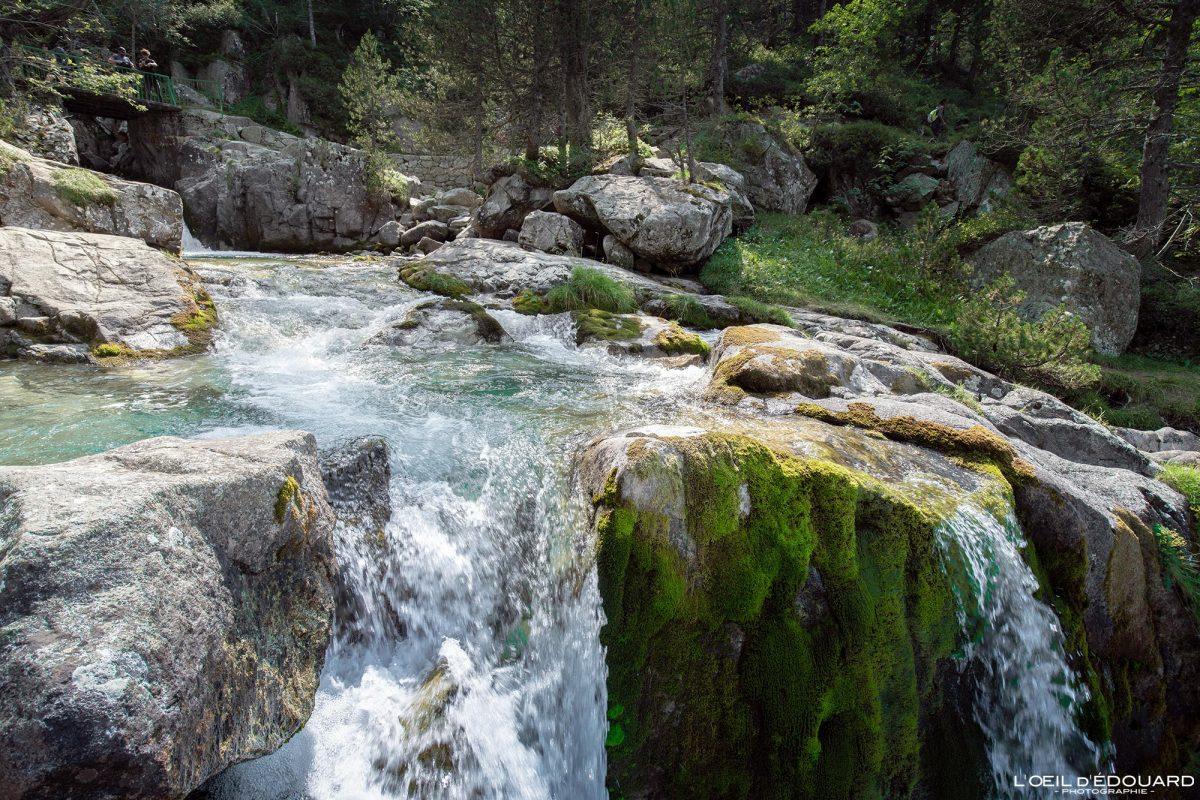 Cascade Gave des Oulettes de Gaube Cauterets Randonnée Pyrénées France Montagne Outdoor Waterfall Mountain