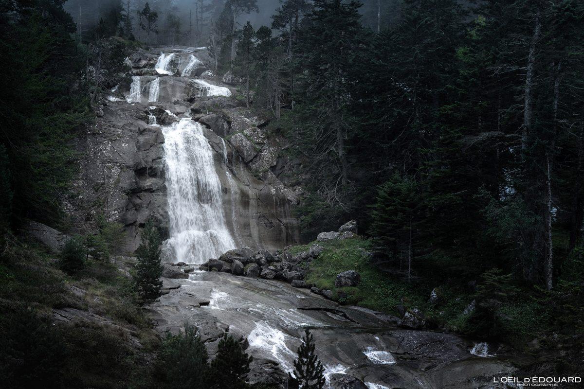 Cascade du Pont d'Espagne Cauterets Pyrénées France Paysage Montagne Outdoor Mountain Waterfall Landscape