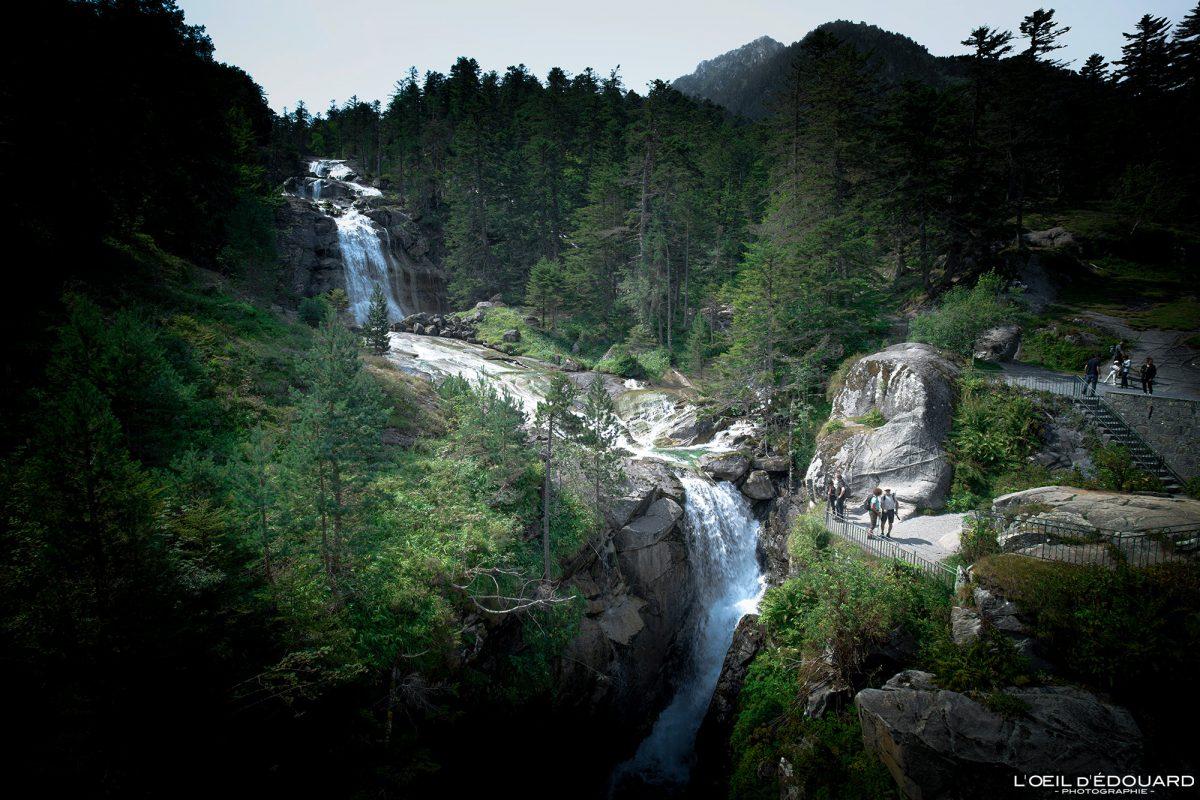 Cascade du Pont d'Espagne Cauterets Pyrénées France Paysage Montagne Outdoor Forest Mountain Waterfall Landscape