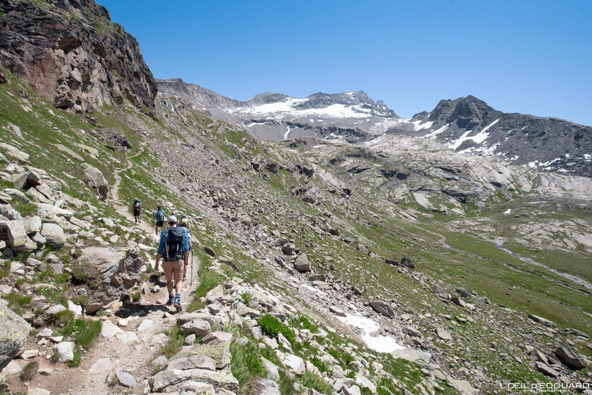 Sentier balcon Randonnée Refuge du Carro Haute-Maurienne Savoie Alpes Grées France Paysage Montagne Outdoor French Alps Mountain Landscape Hike Hiking Trail
