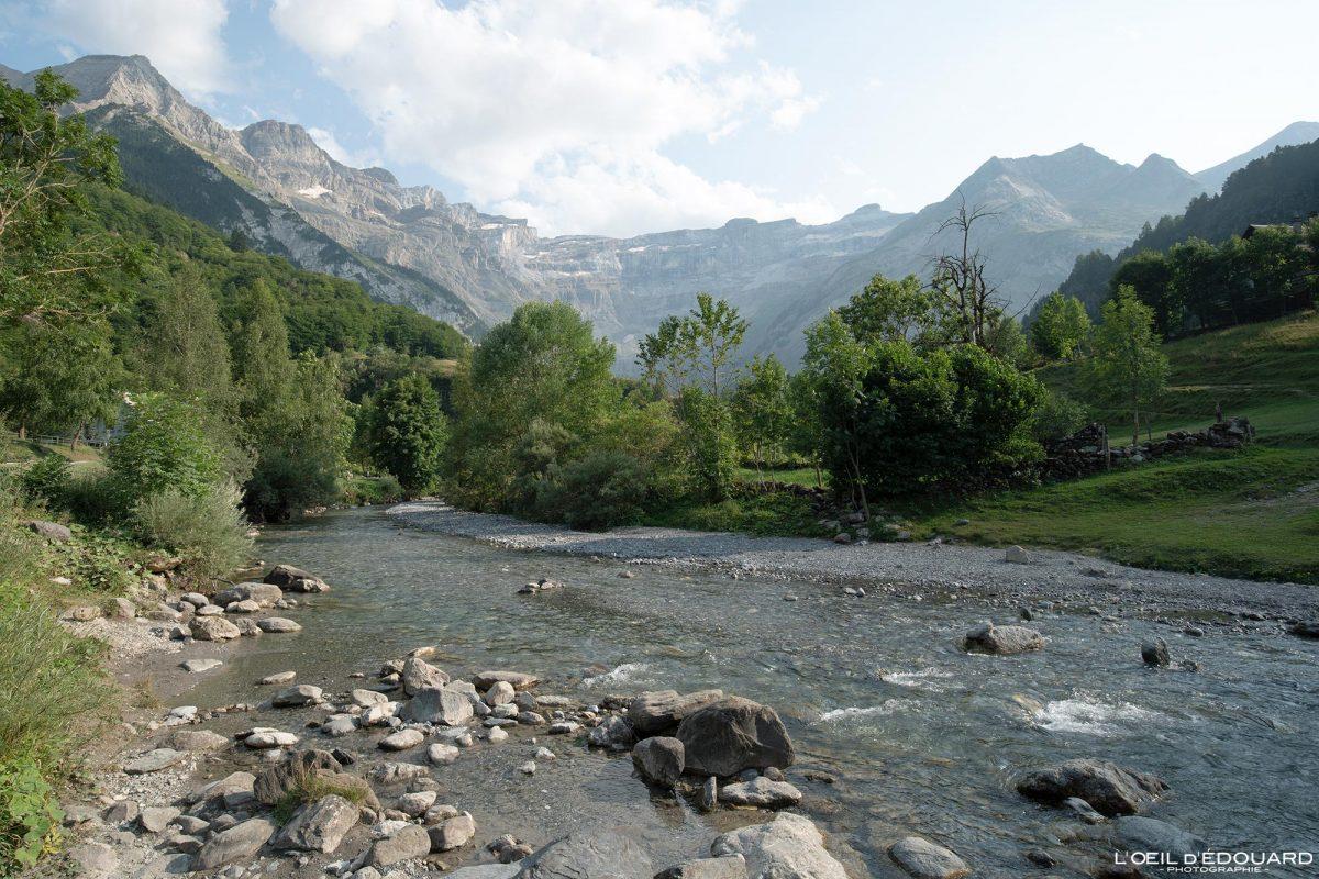 Gave de Gavarnie Pyrénées France Paysage Montagne Outdoor Mountain Landscape River