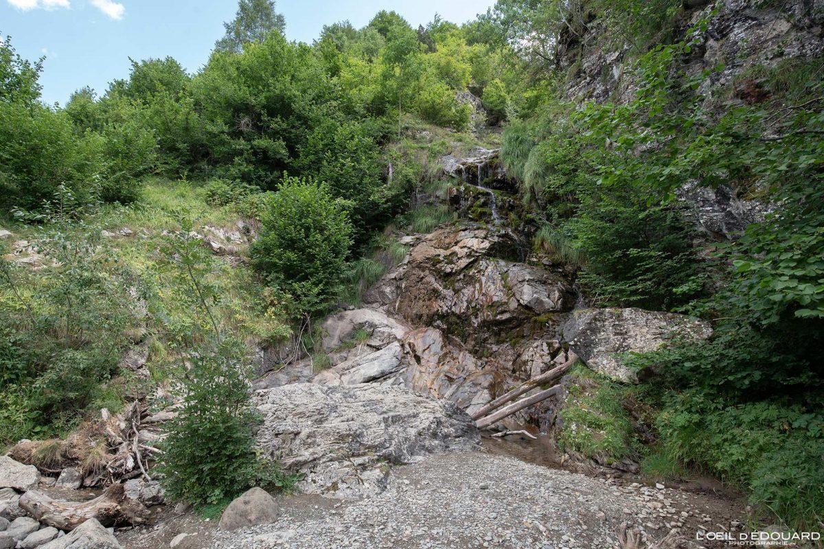 Cascade Ruisseau d'Alans Entortes du Pailha randonnée Gavarnie Pyrénées France Paysage Montagne Outdoor Mountain Waterfall River