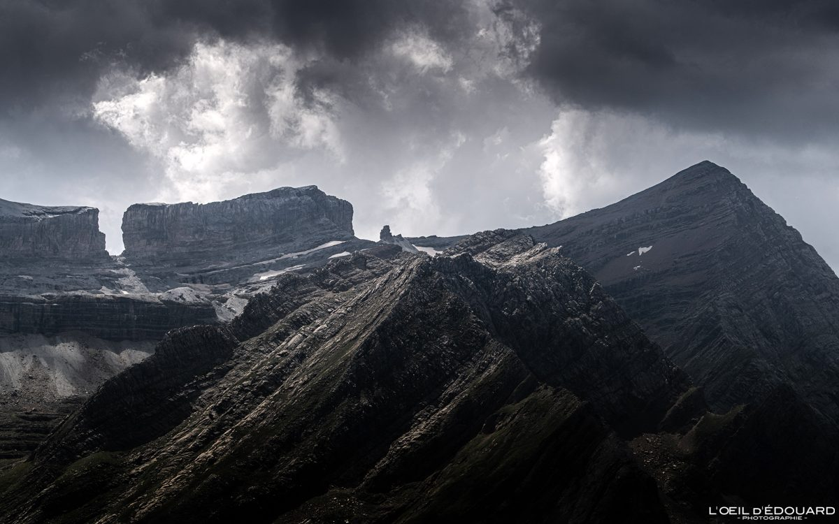 Pic des Sarradets, Brèche de Roland et Pic du Taillon, depuis le Refuge des Espuguettes Gavarnie Randonnée Pyrénées France Paysage Montagne Outdoor Hiking Mountain Landscape