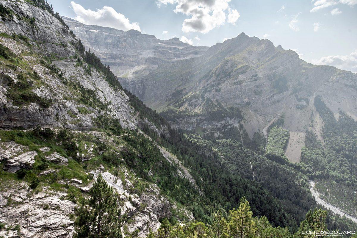 Chemin des Espugues Cirque de Gavarnie Randonnée Pyrénées France Paysage Montagne Outdoor Hiking Mountain Landscape