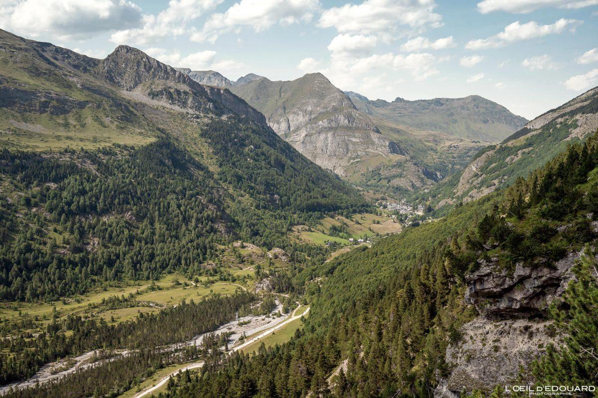 Chemin des Espugues Vallée de Gavarnie Randonnée Pyrénées France Paysage Montagne Outdoor Hiking Mountain Landscape